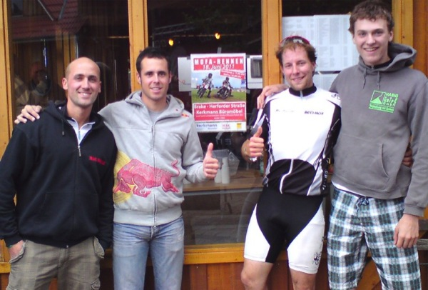24H Rennen - Bikini Team 2011